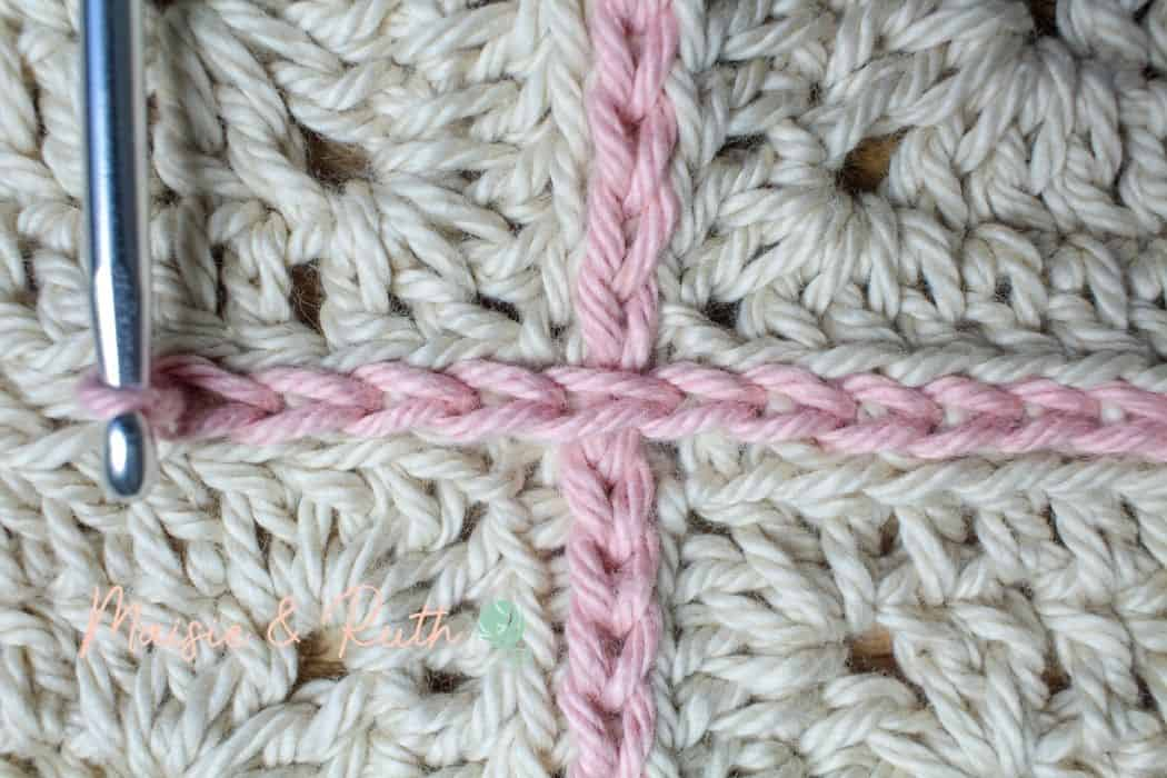 Join granny squares step 16