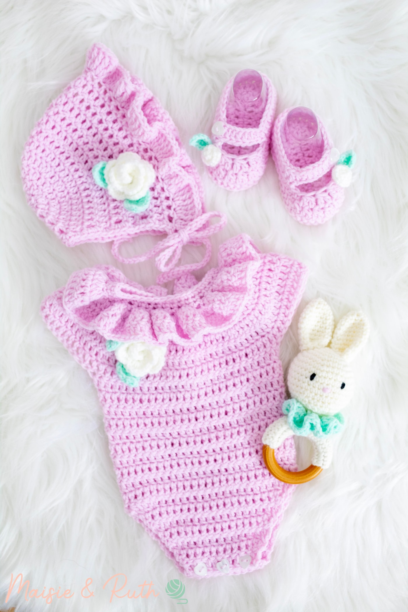 Crochet Baby Romper with other items from baby set