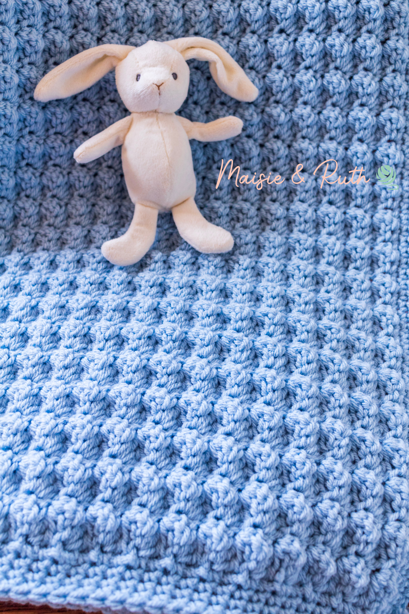 Easy Crochet Baby Blanket Close Up of Stitches