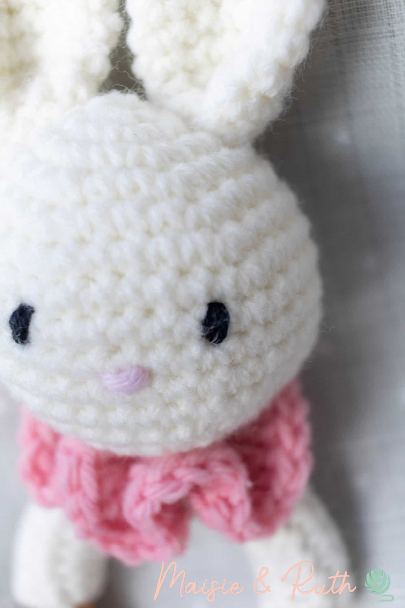 Free Crochet Amigurumi Pattern Bellas eyes close up