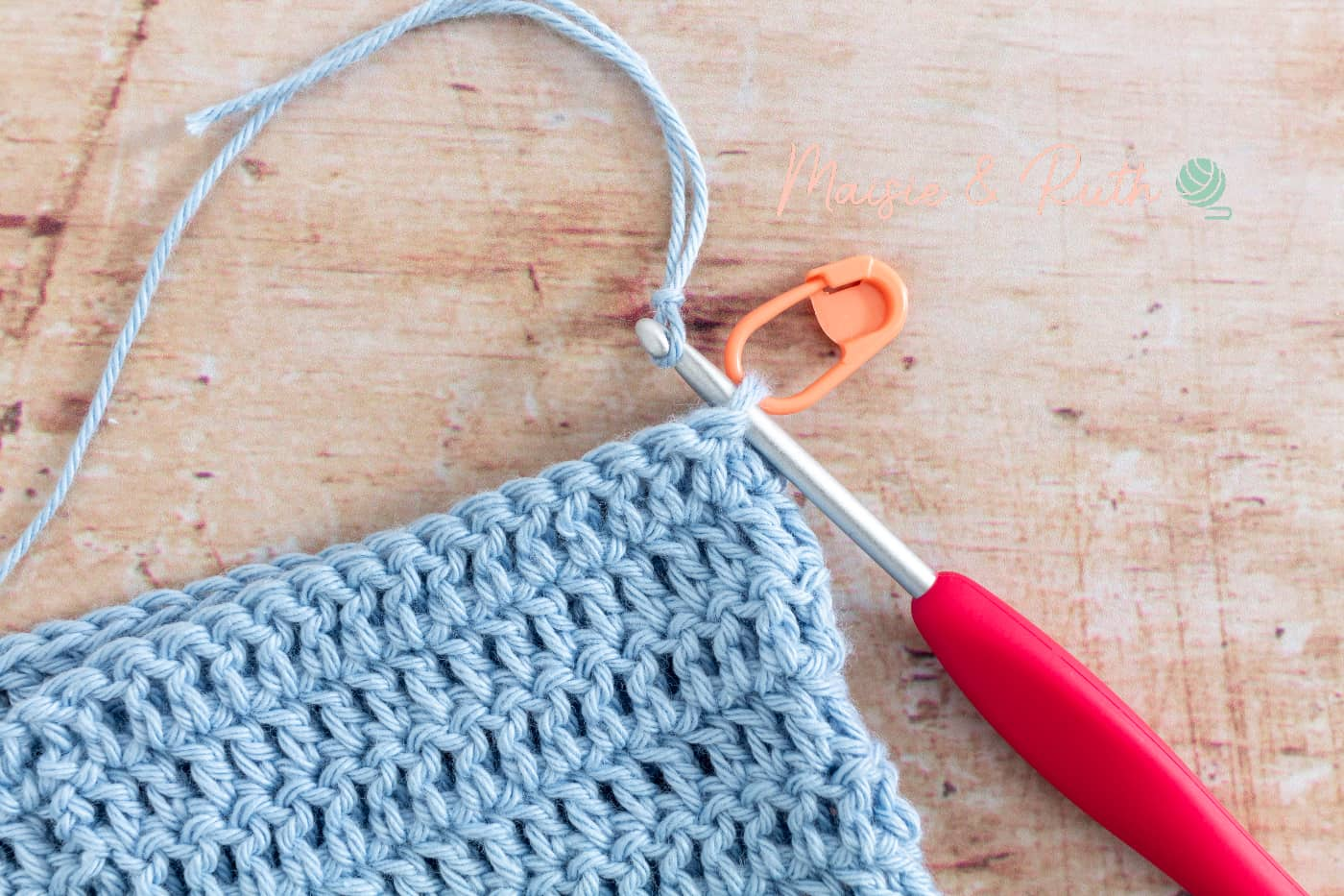 Attaching yarn