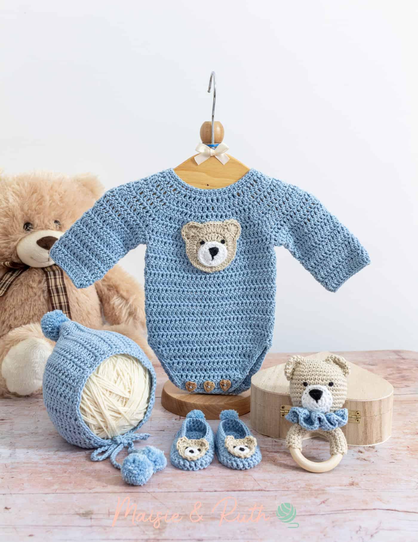 Easy Crochet Baby Bonnet Pattern Blue Layette