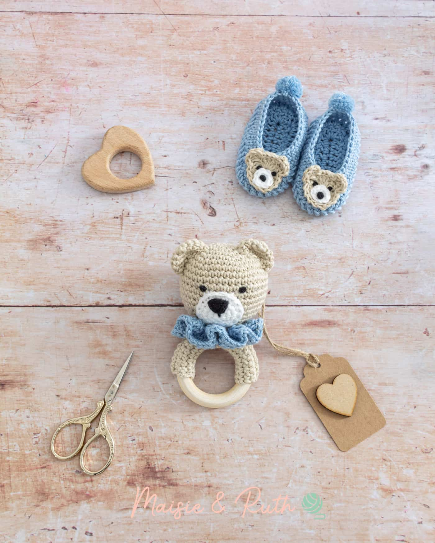 How to Crochet a Baby Rattle with props