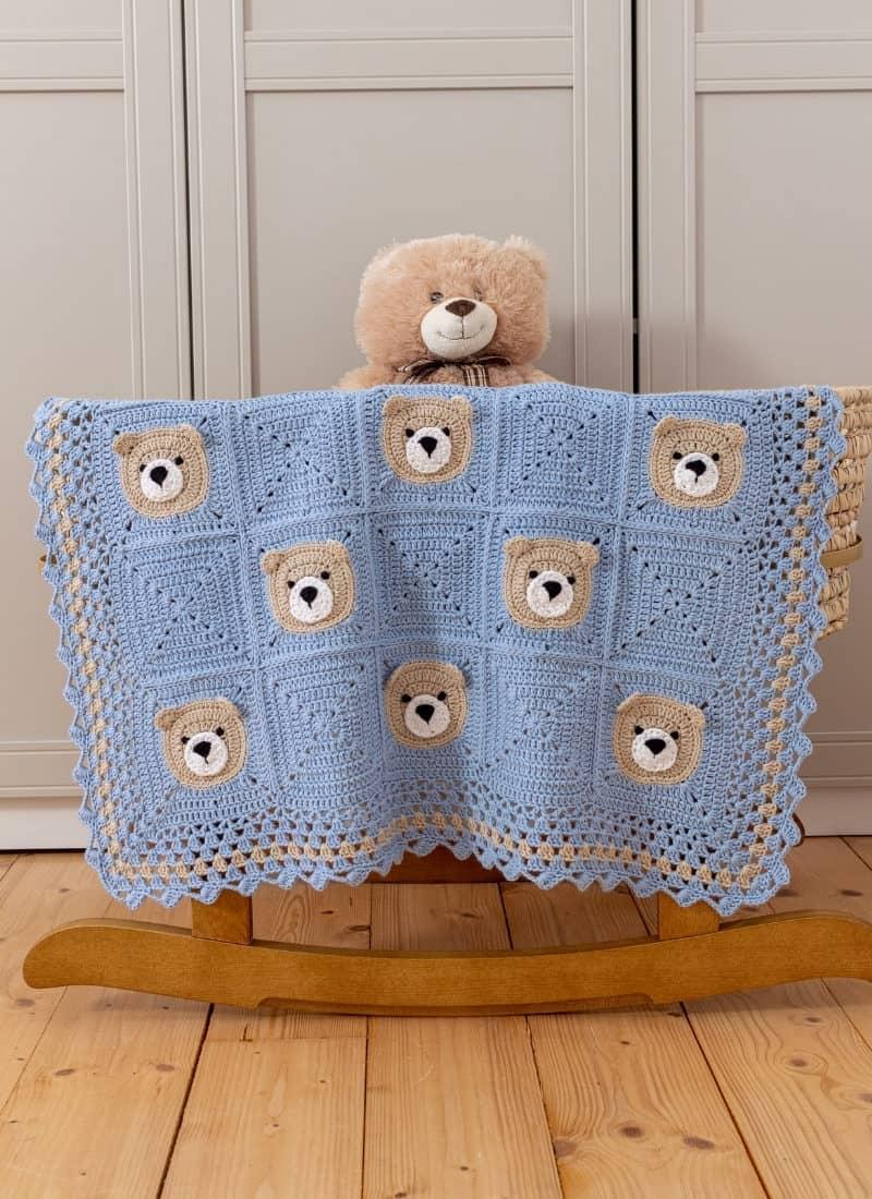 Bear Crochet Baby Blanket (Cute & Easy Tutorial)