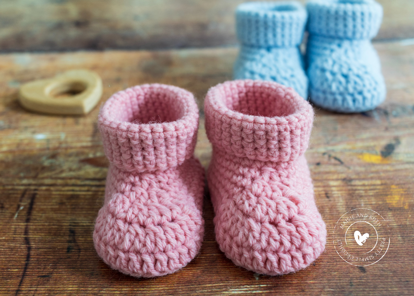 Fast Crochet Baby Booties Pink and Blue version