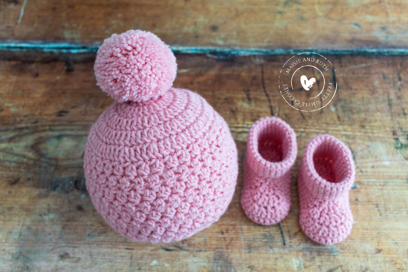 Easy Crochet Baby Hat in pink with booties